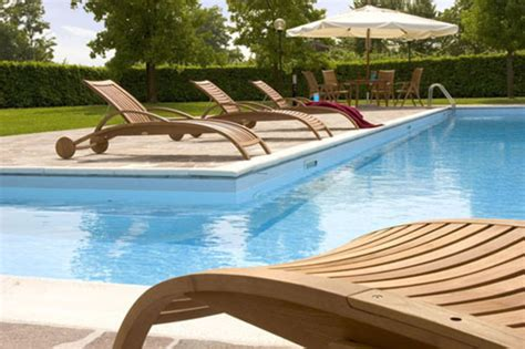 poolside recliner garden furniture and outdoor pool furniture from medeot