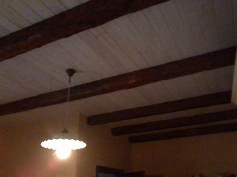 finte travi in legno per soffitti foto controsoffitto in legno e finte travi di tonio murro
