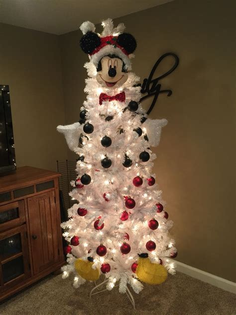 mickey mouse christmas tree mickey mouse christmas tree minnie christmas mickey mouse christmas