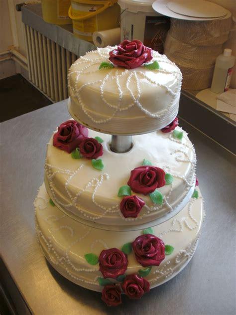 Torten Zur Hochzeit by Hochzeitstorte Konditor B 228 Ckerei Konditorei Lassan