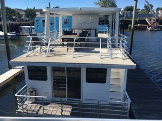 east boston houseboat totally decked out brand new houseboat homeaway east