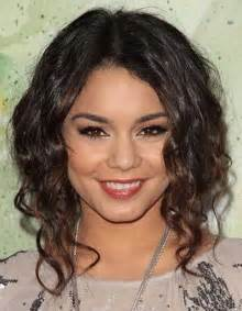 medium length hairstyles mid 20s 35 medium length curly hair styles hairstyles haircuts