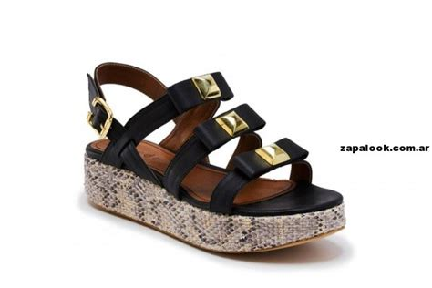 imagenes de sandalias negras sandalias negras con tachas credo primavera verano 2014