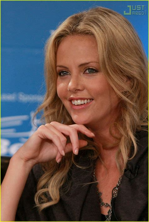 Charlize To Reporter You My Boyfriend Will Kill You by Stuart Townsend Charlize Theron Is My Photo 585631