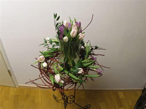 Frühlingsdekoration mit Tulpen Deko Ideen mit Flora-Shop ... Frc Platte