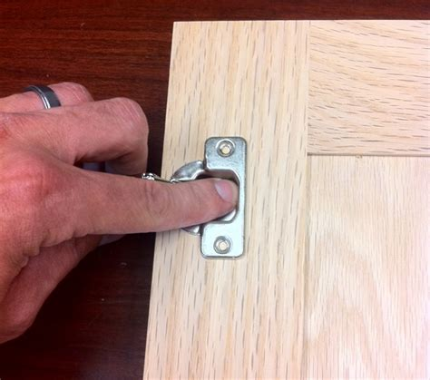 attaching hinges to cabinet doors attaching hinges to cabinet doors attach the hinges to