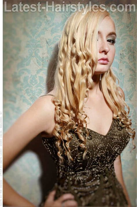 hairstyles for curly underneath and straight on top wavy hair on top curly on bottom hairs picture gallery