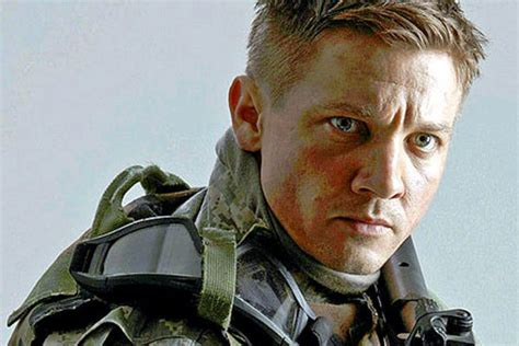 jeremy renner hurt locker hairstyle confessions of a movie goer 35 the hurt locker 2009