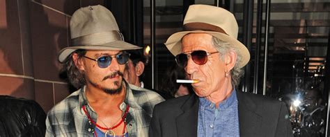 Johnny Depp Was Scared To Jam With Keith Richards by Johnny Depp E Keith Richards Suonano Insieme