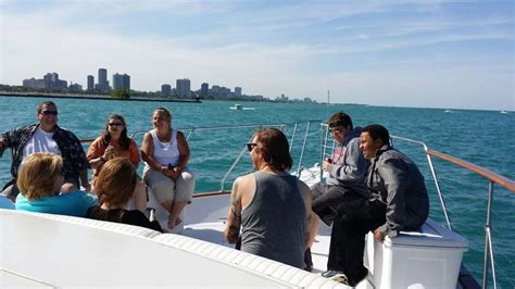 charter boat chicago bachelorette party 27 best chicago yacht rentals images on pinterest