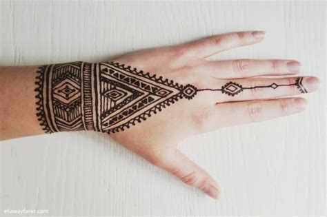 henna tattoos hand einfach best 25 tribal henna ideas on