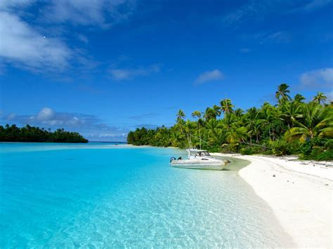 RAROTONGA ? PACIFIC ISLAND PARADISE ? FISH YOUR OWN