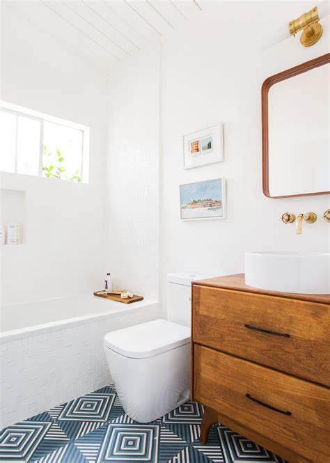 what to put in a guest bathroom guest bathroom reveal emily henderson