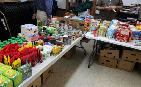 Woodstock Il Food Pantry by 7 Poverty Line Drives Search For Free Food