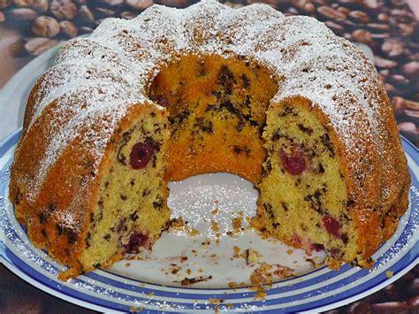 kuchen mit zitronat gugelhupf mit kirschen und schokolade leilah chefkoch de
