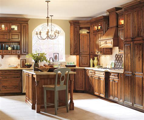 natural rustic alder cabinets knotty alder kitchen cabinets in natural finish masterbrand
