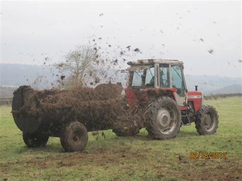 Cool Shed muck spreading on my uncle frank s farm the year of