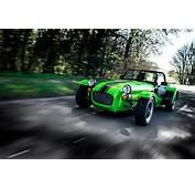Image Caterham 7 2015 275 R Yellow Green Motion Cars Metallic