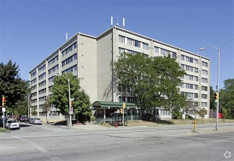 Apartments Wi Park Bluff Apartments Rentals Milwaukee Wi Apartments