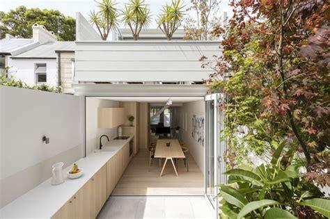 home design inside outside casa estreita duplica de tamanho na reforma casa vogue