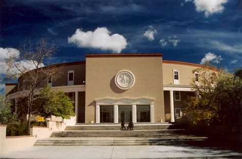 the new mexico state capitol building santa fe new file newmexicocapitolsantafe jpg wikipedia