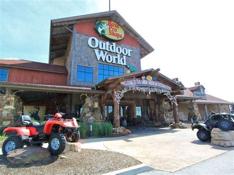 bass pro shop boat equipment 1000 images about sporting goods on pinterest play shop