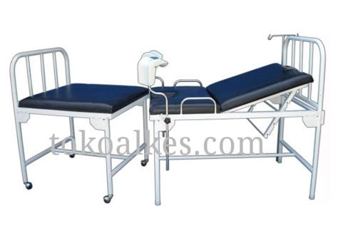 Ranjang Periksa meja ginekologi bed obgyn pisah besi bfg 014 002