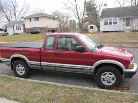 1999 chevrolet s 10 ls extended cab 4wd buy used 1999 chevrolet s10 ls extended cab pickup 3 door 4 3l in mantua new jersey united