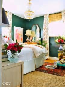 green walls bedroom 25 best ideas about emerald green rooms on pinterest eclectic fireplaces green home