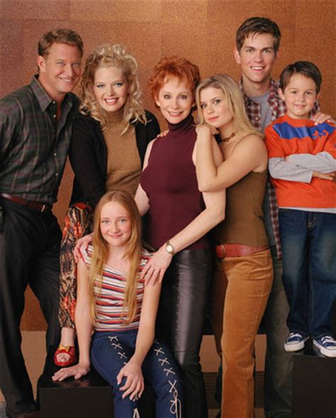 the cast and crew of reba tv show reba tv show quotes quotesgram