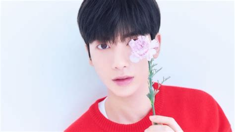 Big Hit Entertainment Introduces The Fourth TXT Member ... .txt