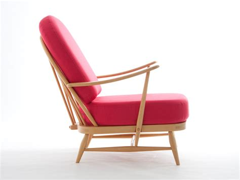ercol windsor armchair buy the ercol windsor easy chair at nest co uk