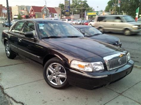how to fix cars 2007 mercury grand marquis auto manual find used 2007 mercury grand marquis gs sedan 4 door 4 6l with warranty in chicago illinois