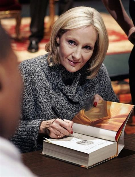 biography books about jk rowling j k rowling biography success story of the harry potter