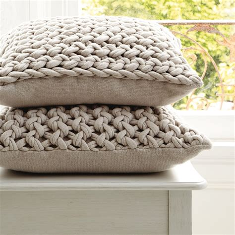 knitted cushion covers patterns uk how are these chunky knit pillows knit for