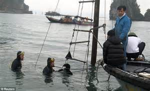 vietnam boat sinks two us tourists killed sleeping in sunk in 60 seconds dream voyage vietnamese tourist boat