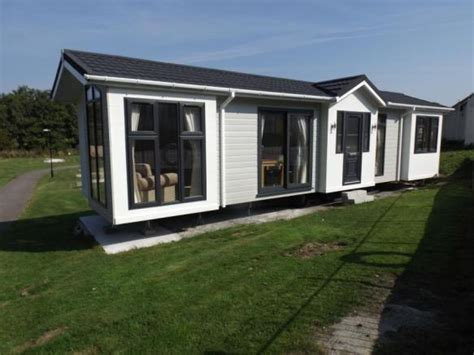 two bedroom mobile homes for sale 2 bedroom mobile home for sale in light house park