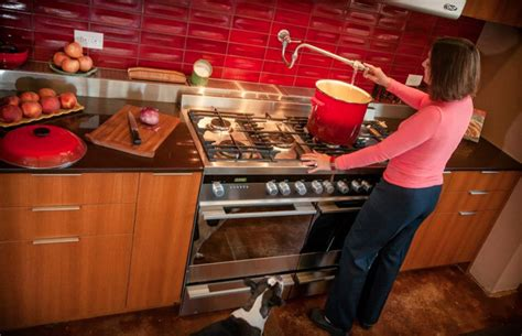 How Does A Kitchen Last by How Kitchen Design Has Evolved The Last Century Cheryl Forberg S Fisher Paykel Kitchen In
