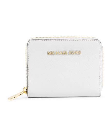 Q 2637 Michael Kors Set michael michael kors medium jet set travel zip around wallet