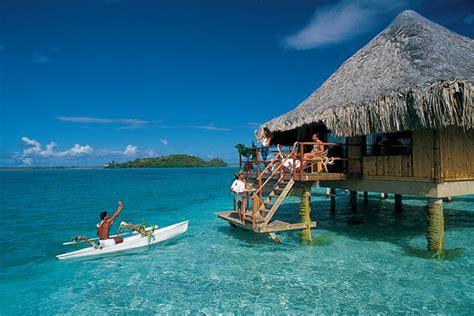bora bora beautiful crystal waters island   world