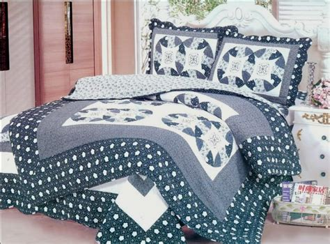 Black Quilts And Coverlets Black And White Quilts And Coverlets 28 Images Black