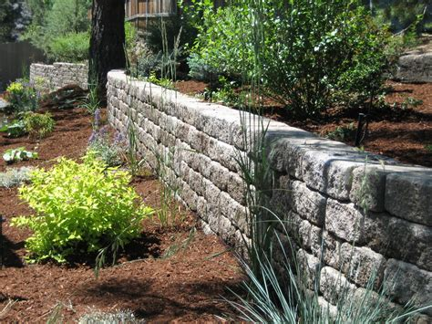retaining wall stack materials