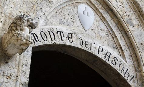 monte dei paschi the entrance to monte dei paschi bank headquarters is