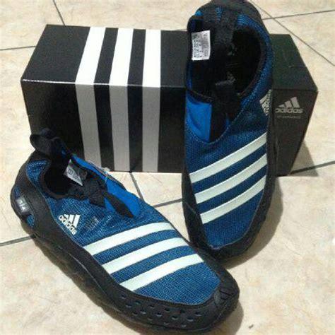 Sepatu Adidas Outdoor Jawpaw jual sepatu outdoor adidas jawpaw ii warna biru size 43