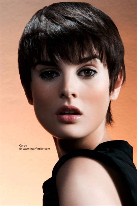 hair styles to reduce sagging neck look haircuts hide jowls and neck short hairstyle 2013