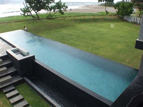 20 Meter Infinity Edge Pool Private House Batu In Bali Infinity Swimming Pool Designs