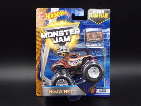 wheels monster jam truck case monster mutt 2017 wheels monster jam mj dog pound 5 5