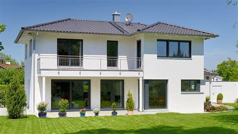 Haus Baustile by Haus Briano