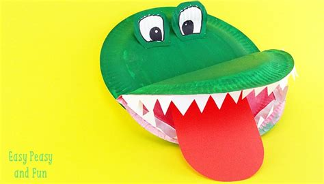 easy paper plate crafts for crocodile paper plate craft easy peasy and