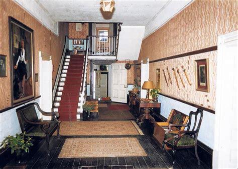 herondon house entry house home  mile